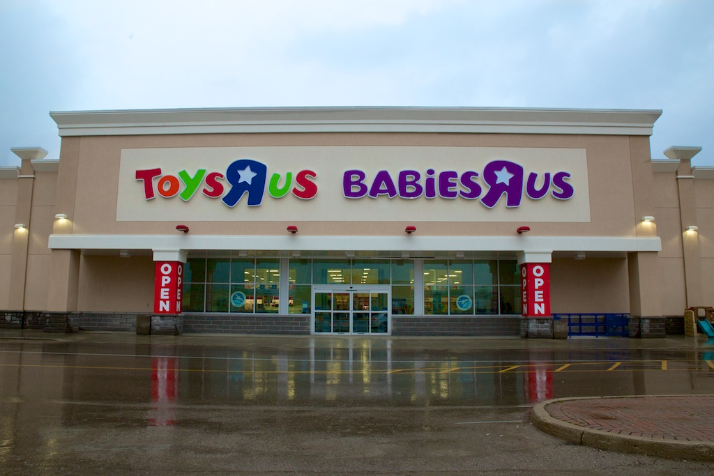new toys r us and babies r us now open at argyle mall london moms. Black Bedroom Furniture Sets. Home Design Ideas